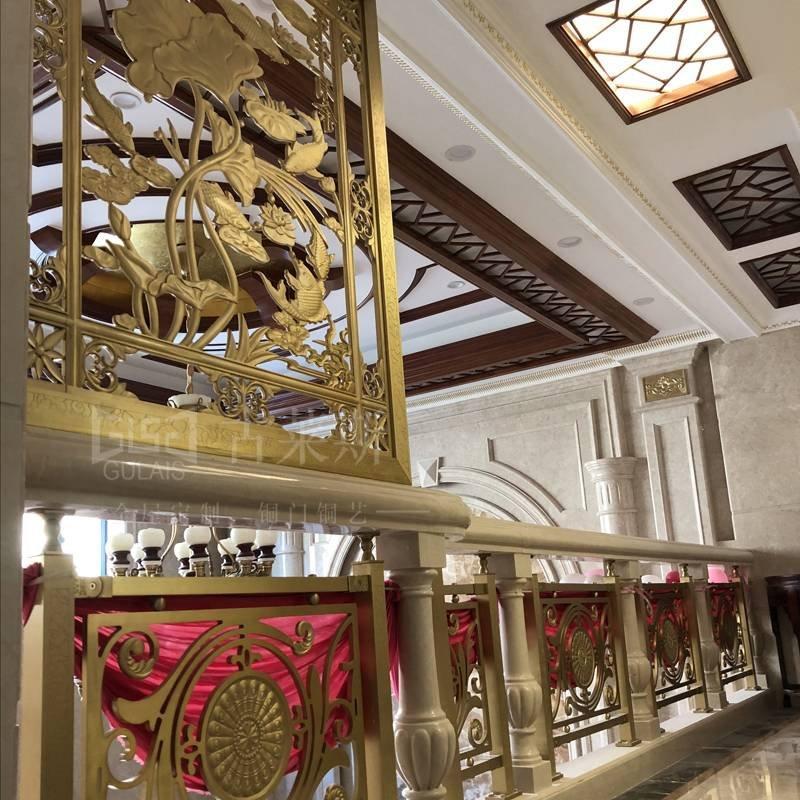 别墅铜楼梯案例 平台铜护栏