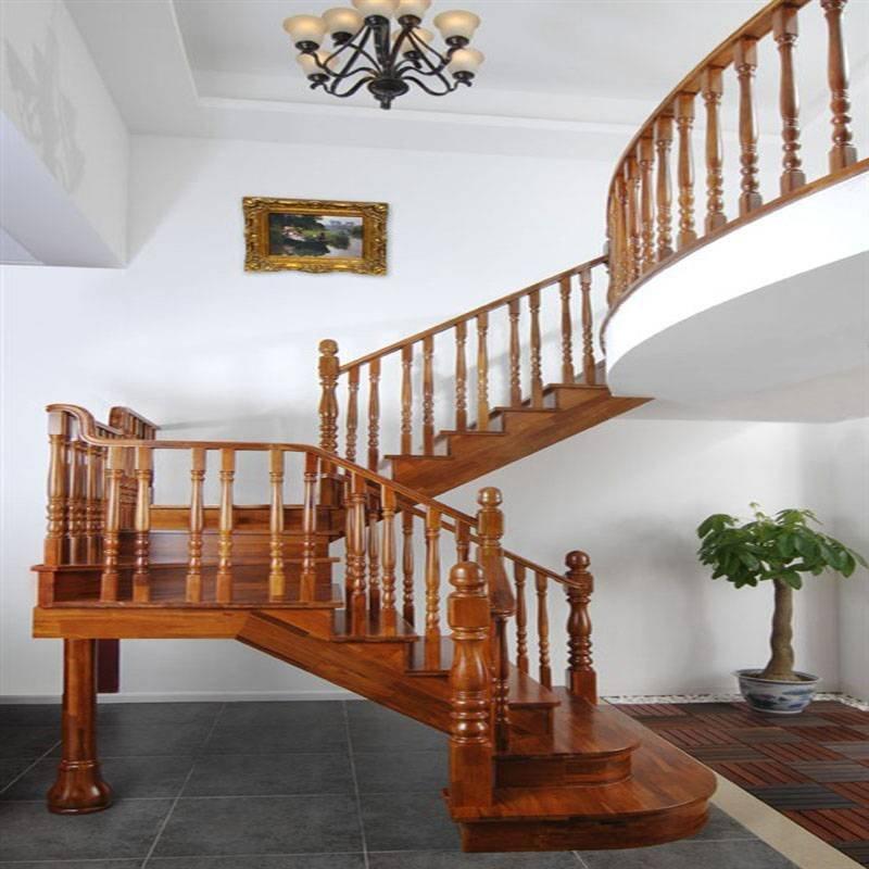 简约大方 实木楼梯